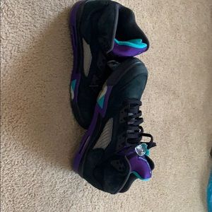 Jordan 5 black grapes